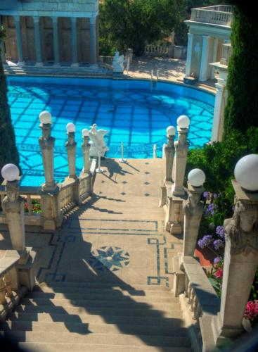 stairs-to-neptune-pool